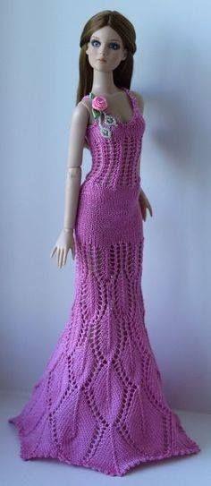 Estes lindos vestidos achei na net.Não tenho gráficos.