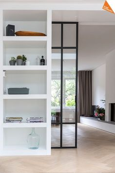 Smoothly Room Divider Ideas Improve your Home Regal Bad, Room Divider Doors, Room Doors, Room Dividers, Craftsman Kitchen, Tiny Spaces, Pocket Doors, Kitchen Flooring, Home Living Room