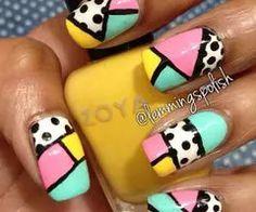 Uñas  geométricas pastel