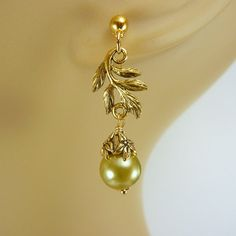 Willow Green Earrings with Leaf and Jasmine by personaloasis