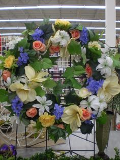 Spring Wreath Sherrie 2014