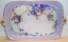 Hand-painted violet limoges tray (1900) Old Plates, Antique Plates, Antique China, Plates And Bowls, Vintage China, Painted Porcelain, Fine Porcelain, Hand Painted, Limoges China