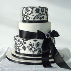 3 tier Ivory and Black Brocade