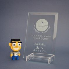 "227 mentions J'aime, 6 commentaires - Christopher Tan (@christan) sur Instagram : ""nano Chris is very happy to receive this award 😁😁😁 ... Hehehe 😄 ... #nanoblockaward…"""