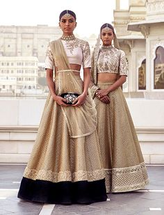 beech mein tera junoon — The Udaipur Collection by Sabyasachi Mukherjee