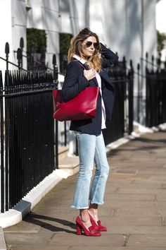 Red Gucci shoes, white shirt (*Brooks Brothers), navy blazer (*Brooks Brothers) frayed hem cropped flare jeans (*Rag and Bone), Red YSL handbag *similar style Mode Outfits, Chic Outfits, Fashion Outfits, Womens Fashion, Fashion Trends, Style Fashion, Fashion Bloggers, Loafers Outfit, Light Blue Jeans