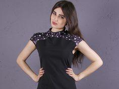 Kurzarmblusen - NARA Shirt mit  Stern Druckmuster - ein Designerstück von Berlinerfashion bei DaWanda