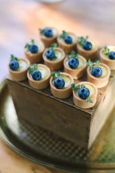 little blueberries fruit tart wedding dessert, spring wedding food ideas Mini Desserts, Blue Desserts, Wedding Desserts, Keto Desserts, Wedding Dessert Tables, Budget Desserts, Fruit Wedding, Wedding Parties, Appetizer Recipes