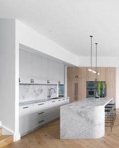 Round Kitchen Island, Kitchen Island Bench, Rose Gold Kitchen, Kitchen Pendants, Home Room Design, Reno, Modern Kitchen Design, Home Decor Kitchen, Or Rose