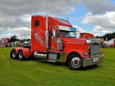freightliner trucks | Freightliner Truck - SPT