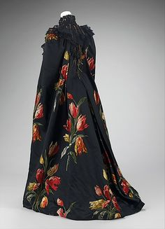 """Tulipes Hollandaises"" (textile)  House of Worth  (French, 1858–1956)  Designer: Charles Frederick Worth (French (born England), Bourne 1825–1895 Paris) Designer: Textile by A. M. Gourd & Cie Manufacturer: Textile by Morel, Poeckès & Paumlin Date: 1889 Culture: French Medium: silk, metal"