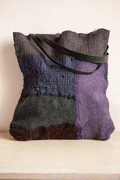 Bag - 04 - Gaia Girard - nuno felt - Christmas 2013
