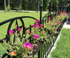 15 Fence Planters That'll Have You Loving Your Privacy Fence Again Landscaping Along Fence, Backyard Fences, Garden Fencing, Backyard Landscaping, Backyard Ideas, Front Yard Fence, Dog Fence, Horse Fence, Brick Fence