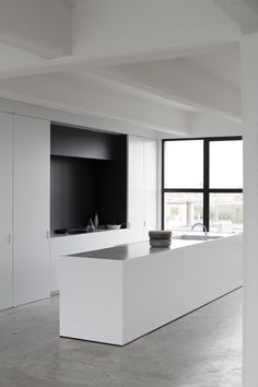 8 Fascinating Tips: Minimalist Kitchen Concrete Cabinets minimalist interior white lamps.Warm Minimalist Decor Spaces minimalist home decoration beds.Minimalist Home Interior Dreams. Concrete Kitchen Floor, Concrete Floors, Kitchen Flooring, Kitchen Backsplash, Kitchen Walls, Backsplash Ideas, Kitchen Cabinets, Minimalist Home Decor, Minimalist Interior