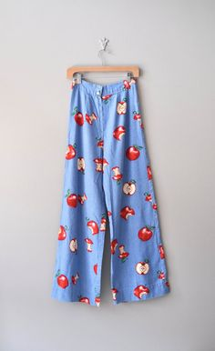 bell bottom jeans / 70s pants / wide leg pants / An Apple a Day jeans
