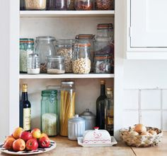 Pantry Essentials for a Well-Stocked Kitchen