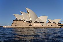 Google Image Result for http://upload.wikimedia.org/wikipedia/commons/thumb/3/38/Sydney_opera_house_side_view.jpg/220px-Sydney_opera_house_side_view.jpg