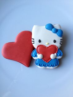 Valentine's Cookies 2013 by A Saechao, via Flickr