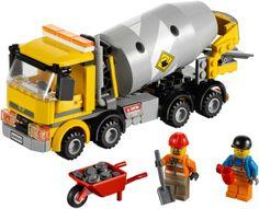Lego City Cement Mixer 60018 Hayalindeki mikser şimdi Lego oyuncaklarında! İşte karşında Lego City Cement Mixer 60018. Hazırladığın betonu karıştıran devasa boyuttaki mikserin sayesinde siparişler artık tam zamanında yerlerini bulacak.