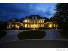 The property 14614 Jockeys Ridge Dr, Charlotte, NC 28277 is currently not for sale on Zillow. View details, sales history and Zestimate data for this property on Zillow. Charlotte Nc, Charlotte Homes For Sale, Custom Built Homes, Large Photos, Southern Homes, Estate Homes, Acre, Hair Beauty, Tours