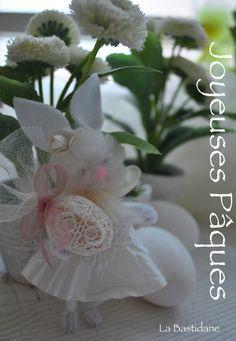 Happy Easter http://labastidane.fr/journal/