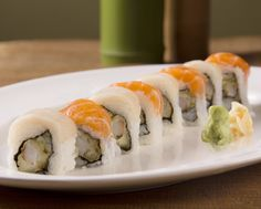 Maverick: an unorthodox or independent-minded person. #mymavericksroll #happyhour #rolloftheweek #sushi_zushi