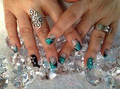 Turquoise bling by Melinailfreak from Nail Art Gallery