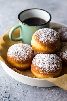 Authentic Hungarian Farsangi Fánk is a sweet, light and airy doughnut that's perfect with your morning coffee or as a dessert! Heavenly Dessert Recipe, Hungarian Recipes, Hungarian Food, Breakfast Recipes, Dessert Recipes, Delicious Desserts, Easy Meals, Food And Drink, Cooking Recipes