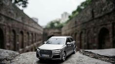 Witness the Audi take an unforgettable stance. Audi Q7, Miniatures, Bmw, In This Moment, Vehicles, Rolling Stock, Mini Things, Mockup, Vehicle