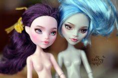 Elissabat & Ghoulia | OOAK Monster High Elissabat & Ghoulia … | Flickr - Photo Sharing!