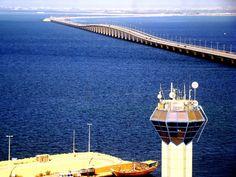 Una strada per l'orizzonte: lo spettacolo dei ponti più lunghi del mondo