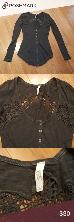 Free People Lace Cutout Shirt Free People Long Sleeve Tee. Heathered dark grey. Lace cutout. Comfy and stylish. Size XS. Free People Tops Tees - Long Sleeve
