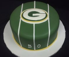 groom's cake ideas greenbay packers | The Cake Diva makes amazing cakes! Her designs are beautiful and ...