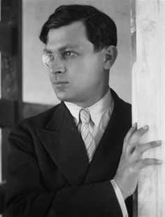 Tristan Tzara was a Romanian poet, essayist, and performance artist (among other things) who was heavily involved in the Dadaist, Surrealist, Symbolist movements Tristan Tzara, Andre Kertesz, Kurt Schwitters, Photo Portrait, Portrait Photography, Le Monocle, Dada Artists, Dada Movement, Hans Richter