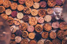 Helmihytti: DIY – Macrame curtains with asymmetrical vine pattern – English translation Macrame Art, Macrame Projects, Macrame Knots, Crafts To Do, Arts And Crafts, Leaf Curtains, Half Hitch Knot, Kitchen Window Treatments, Macrame Curtain