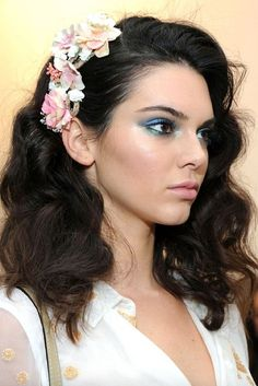 Wedding Hairstyles for Brides, Guests, and More Not those flowers but I like this curly soft look with something swept up on the side.Not those flowers but I like this curly soft look with something swept up on the side. Summer Wedding Makeup, Wedding Guest Makeup, Summer Wedding Guests, Best Wedding Makeup, Hair Styles Wedding Guest, Bridal Makeup, Trendy Wedding, Summer Wedding Hairstyles, Bride Hairstyles