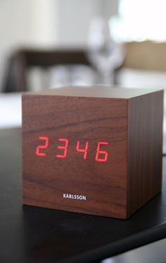 Amazing Alarm Clock Digital Cube Clock   Wood Effect Good Ideas