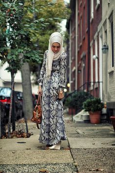 Be beautiful in Hijab Islamic Fashion, Muslim Fashion, Modest Fashion, Hijab Dress, Hijab Outfit, Maxi Dresses, Abaya Fashion, Women's Fashion, Islamic Clothing