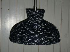 Bespannen lamp met textielgaren.