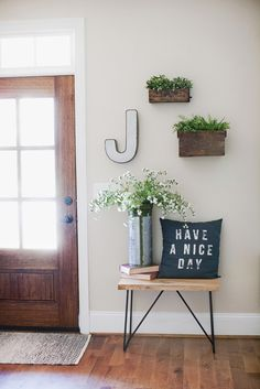 Farmhouse Friday Tour {vol.4} - Rooms For Rent blog