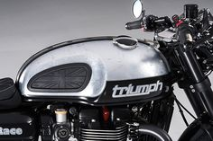 """T-Race 1200"" Triumph Thruxton R - Städler Motos - Pipeburn.com Mechanic Shop, Mechanic Gifts, Mechanic Humor, Cafe Racer Seat, Custom Cafe Racer, T Race, Cafe Racing, Black Wheels, Triumph Motorcycles"