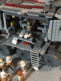 Lego Star Wars Mini, Lego Clones, Lego Pictures, Star Wars Models, Lego Design, Clone Trooper, Cool Lego, Legos, Star Trek