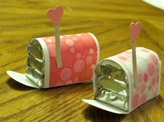 Valentine mailbox using miniatures