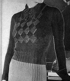 Link to download the FREE  knitting pattern for Crosstown Blouse Pattern #152