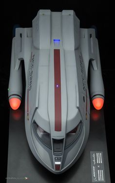 Javelin shuttlecraft overhead bow by Bill Krause