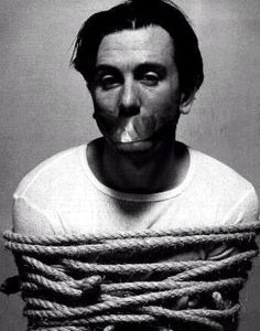 I want Tim Roth like that