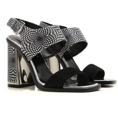 Offers Alberto Guardiani shoes for women from the latest Alberto guardiani Womens Shoes collection. Fashion Details, Fashion Design, Shoes 2017, Shoe Collection, Passion, Sandals, Women, Shoes Sandals, Sandal