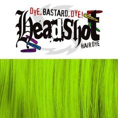 Danger! Danger! ist ein helles, leuchtendes Grün mit hohem Gelbanteil. Die Haare sollten vor dem Färben sehr hell blondiert sein und keinen Rot- oder Orangestich mehr enthalten. Mit 150 ml Inhalt ist in den Headshot Flaschen deutlich...