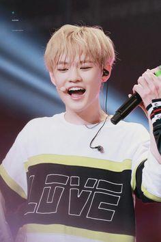 Zhong Chenle ❤❤❤ 01 Line hmmm tapi gimana yaaa noona jatuh cintaa K Pop, Taeyong, Jaehyun, Nct 127, Nct U Members, Nct Dream Members, Winwin, Nct Dream Chenle, Johnny Seo