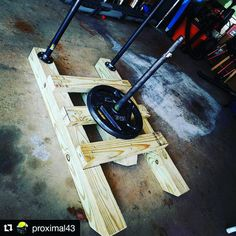 Home Gym Diy Crossfit Awesome 41 Ideas Homemade Gym Equipment, Diy Gym Equipment, No Equipment Workout, Fitness Equipment, Garage Gym, Basement Gym, Home Made Gym, Diy Home Gym, Gym Workouts